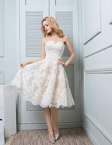 8f27aa7bbc91 Μέχρι το γόνατο Δαντέλα   Σατέν Φόρεμα Παρανύμφων - Γραμμή Α Σχήμα ...